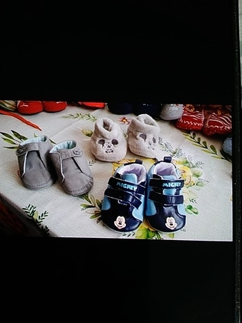 3 paires chaussons Mickey