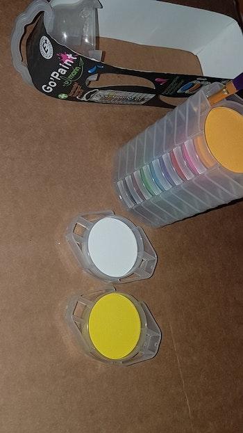 Peinture empilable