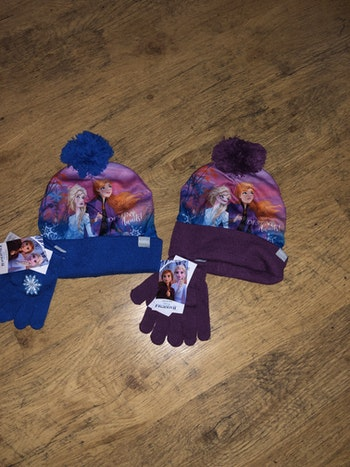 Ensemble bonnet et gant reine des neiges taille unique