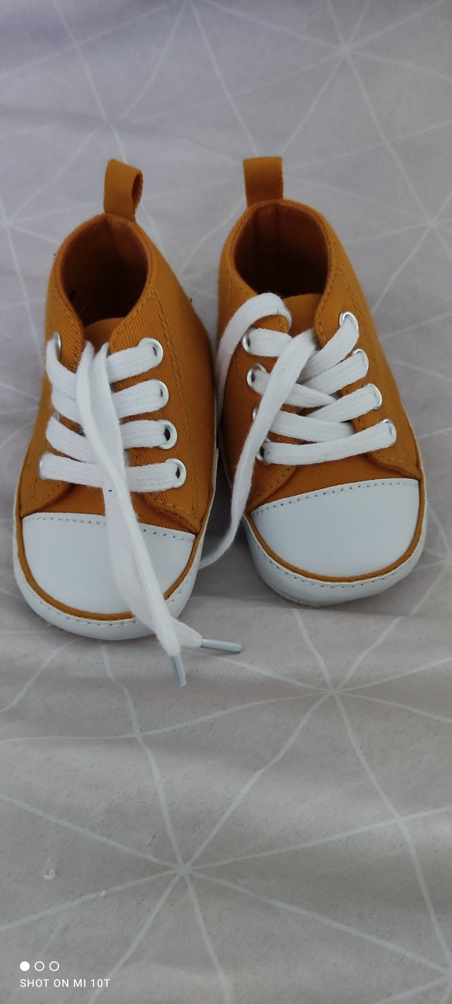 Chaussures moutarde