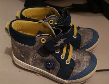 Chaussure t23