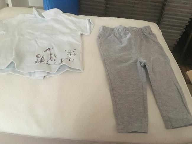 Ensemble haut et pantalon taille 12 mois