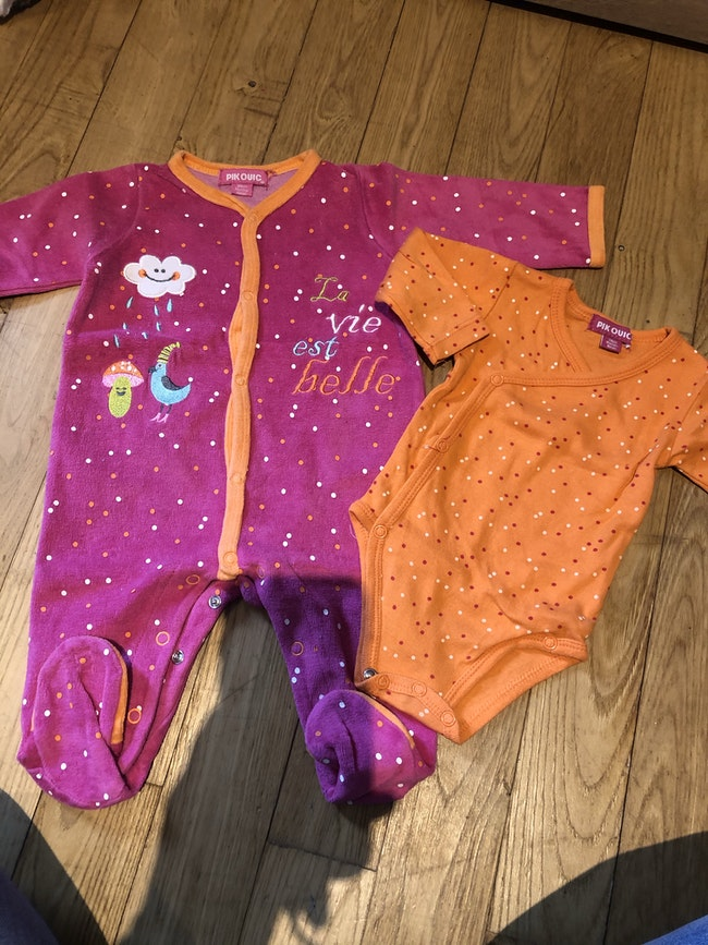 Lot de pyjamas velours et bodies ML 3 mois