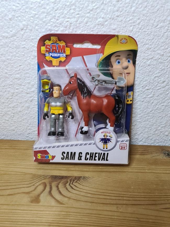lot de 2 personnages sam et cheval sam le pompier