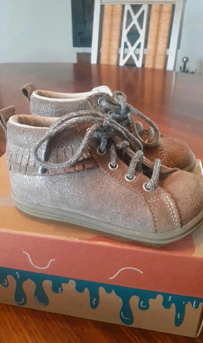 Chaussure bébé fille t21