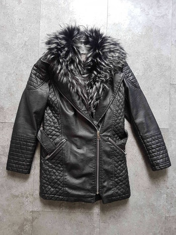 Manteau neuf 10 ans
