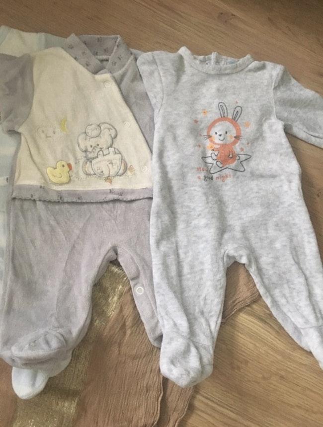 Lot de 4 pyjamas 0 mois
