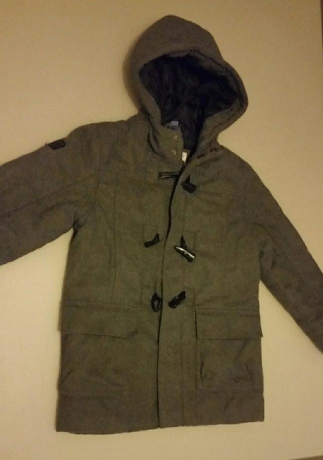 Manteau mi-long se tient bien chaud taille 8 ans