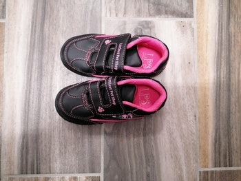 Chaussures fille taille 23