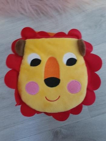 Doudou livre lion