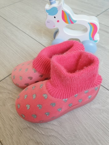 Chaussons fille taille 19