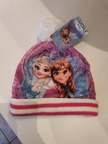 Bonnet, écharpe reine des neige.