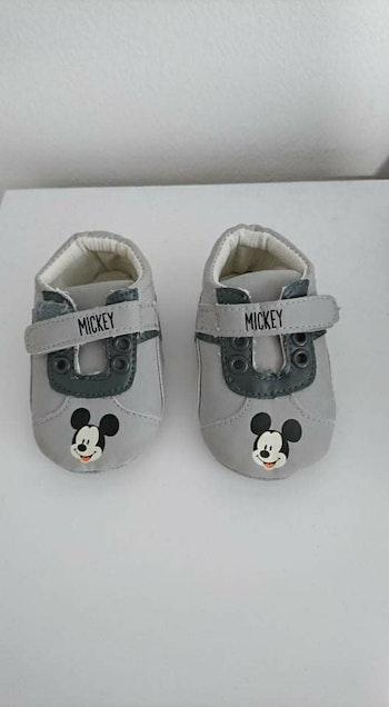 Basket bébé gris Mickey Disney 3/6 mois