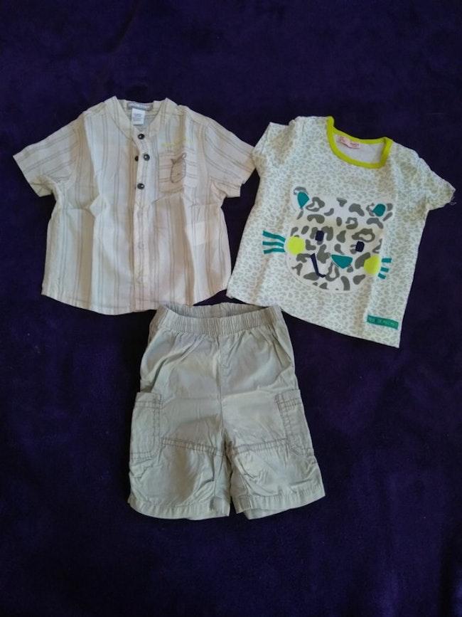 Ensemble vêtements taille 6 mois