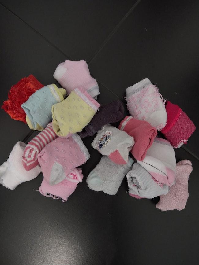 Lot paires de chaussettes 15-18