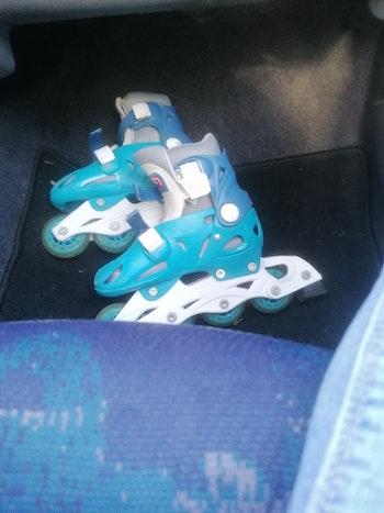 Roller bleu taille 28 - 31