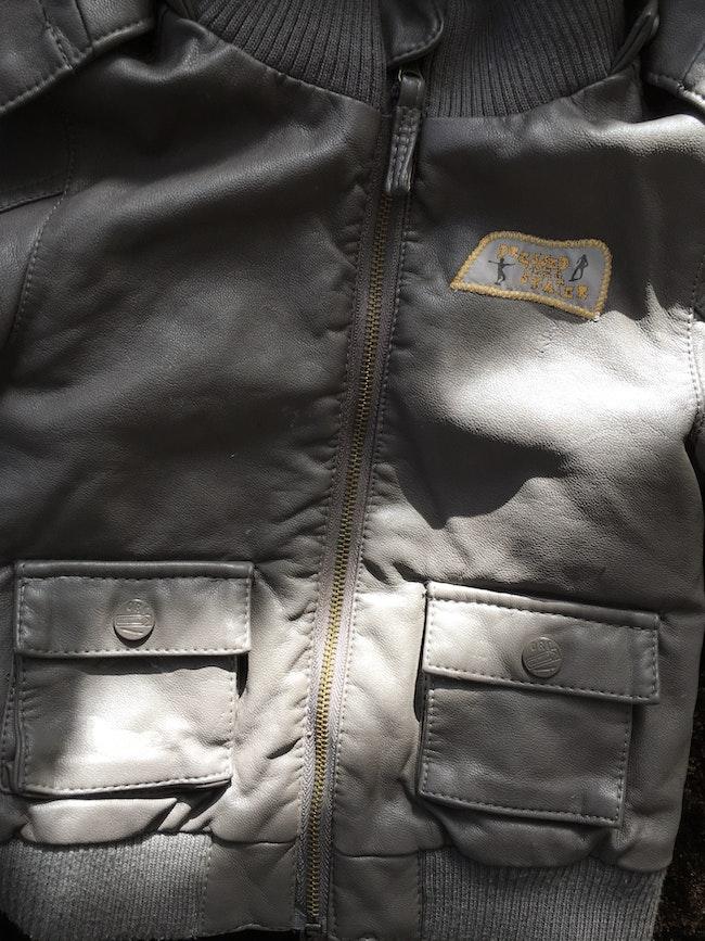 Manteau en cuir chaud
