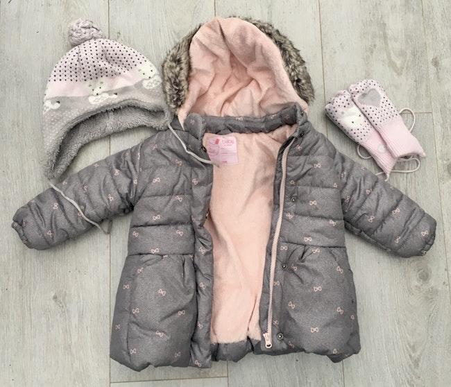 Ensemble manteau, bonnet et moufles taille 18 mois