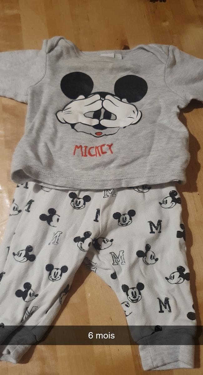 Pyjama Mickey