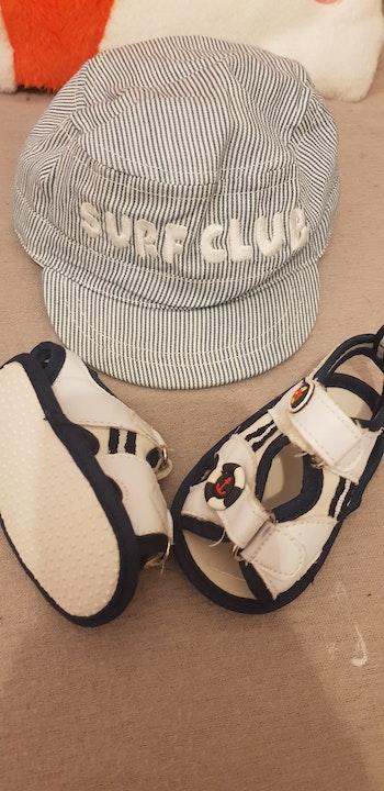 Lot casquette et sandales