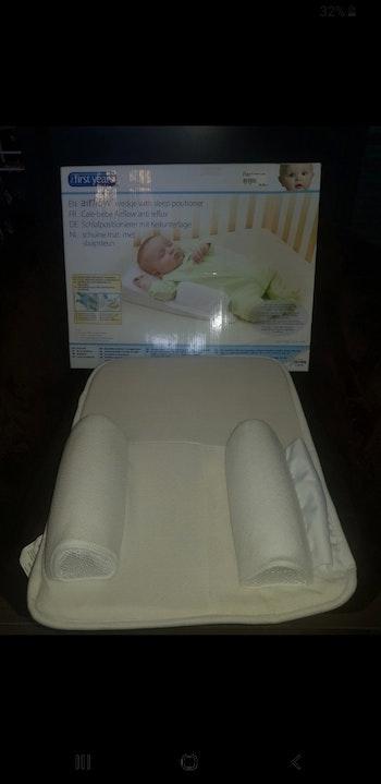 Cale bébé matelas surélevé airflow anti reflux