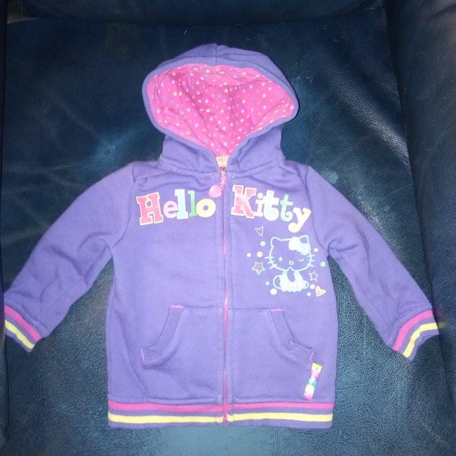 Sweat à capuche avec fermeture marque Hello Kitty 12 mois