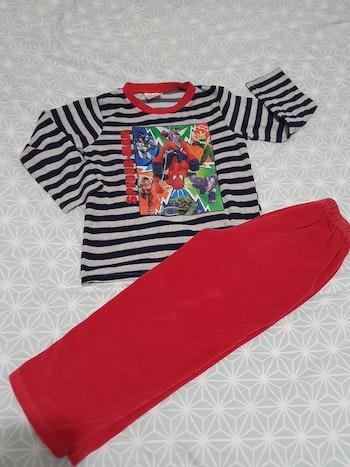 Pyjama en velours Spiderman 6 ans