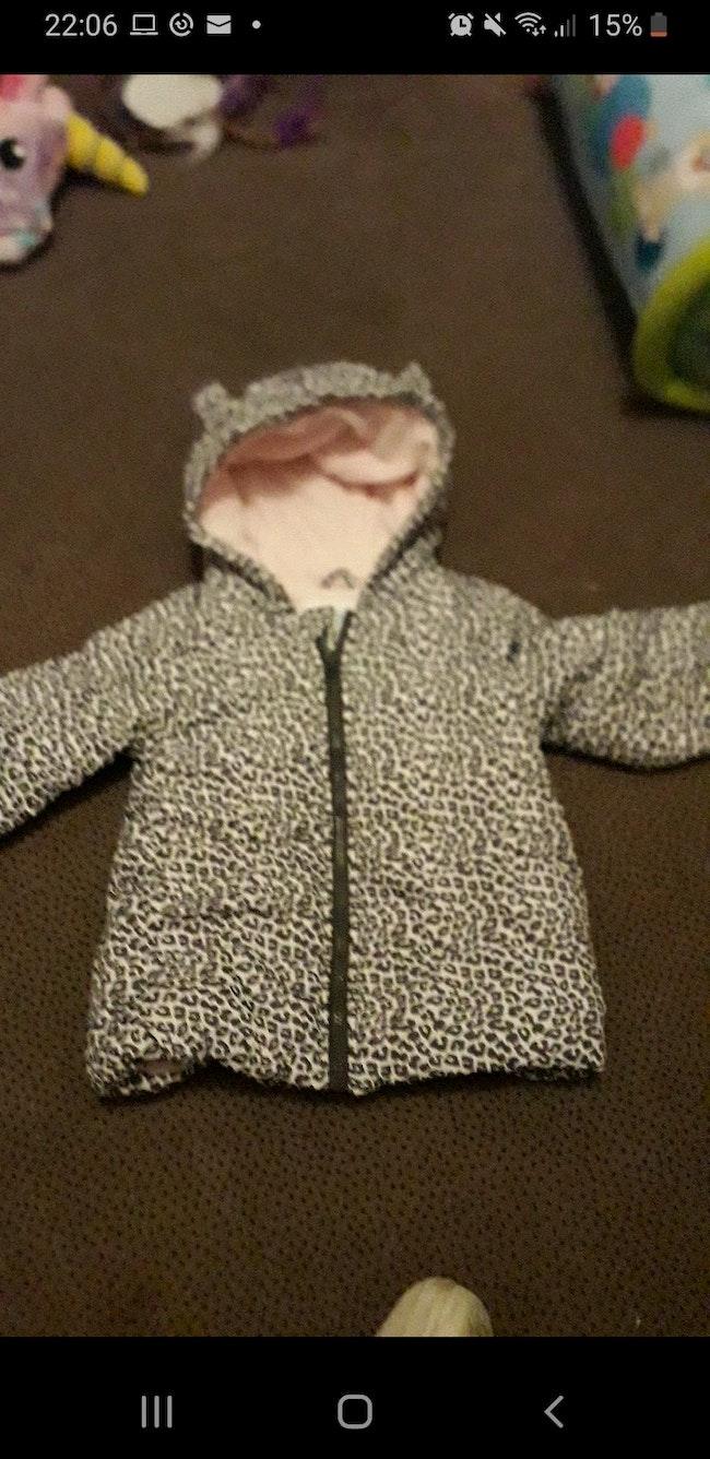 Veste  leopard a capuche pour fille de 18 mois