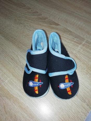 Chaussons taille 20