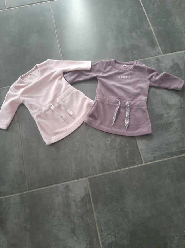 Lot 2 robes en velours 1 mois