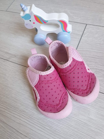 Chaussons taille 24