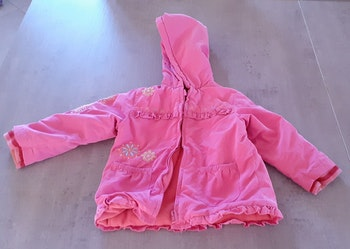 Manteau chaud 24mois en très bon état