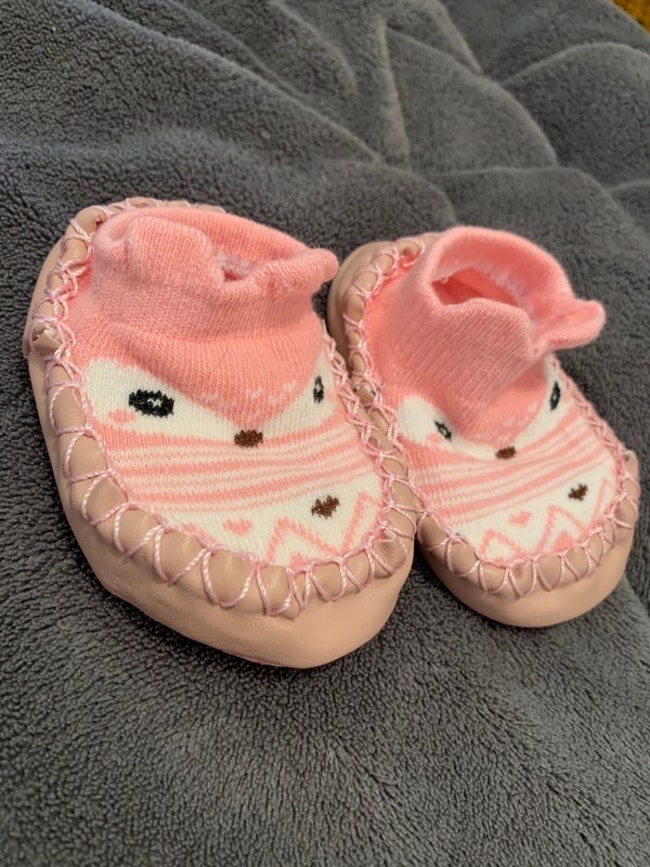 Chaussons rose 3/6 mois