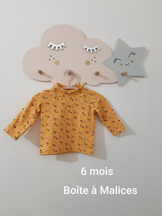 Sous-pull taille 6 mois