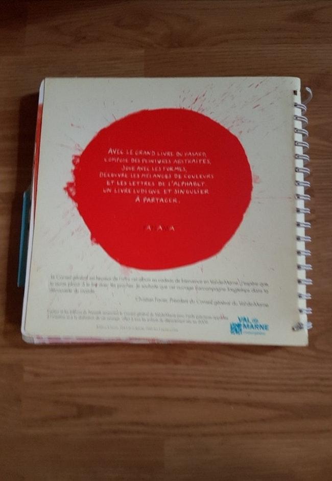 Le grand livre du hasard de Hervé Tullet