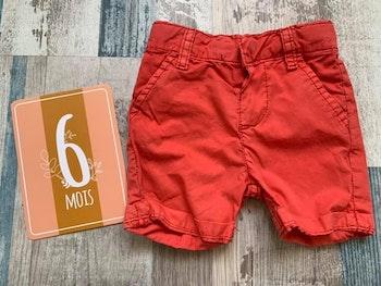 - Short Losan 3/6 mois, petite taches (C)
