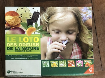 Jeux éducatifs «Loto des odeurs de la nature»