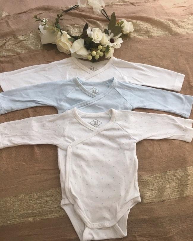Lot 3 body bébé 3 mois