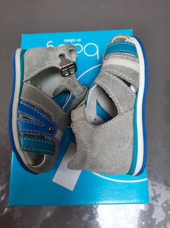 Sandales 19