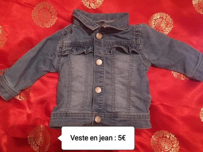 Veste en jean taille 1 mois