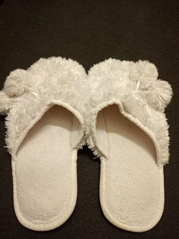 Chaussons blanc 37
