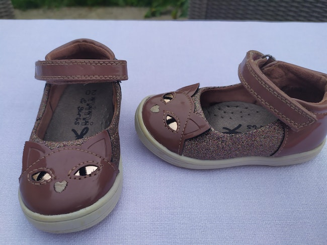 Lot chaussures taille 20