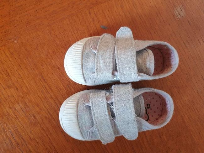 Baskets bébé fille