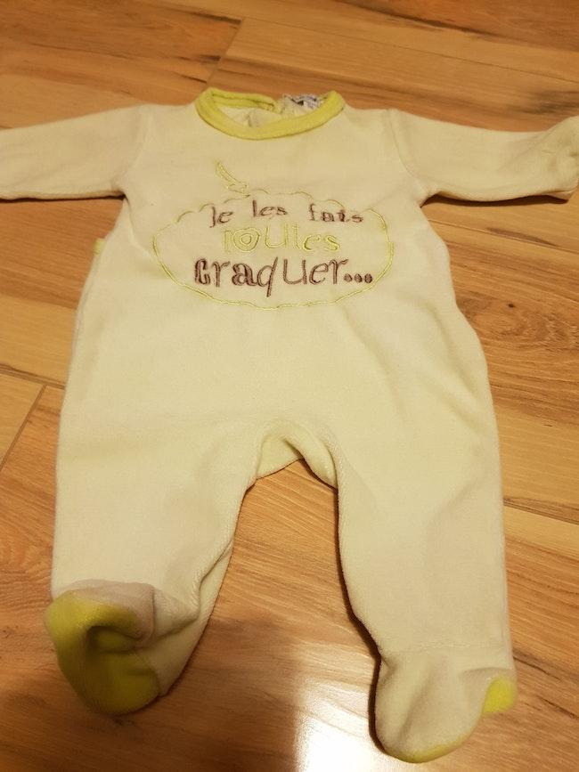 Pyjama bébé taille 1 mois