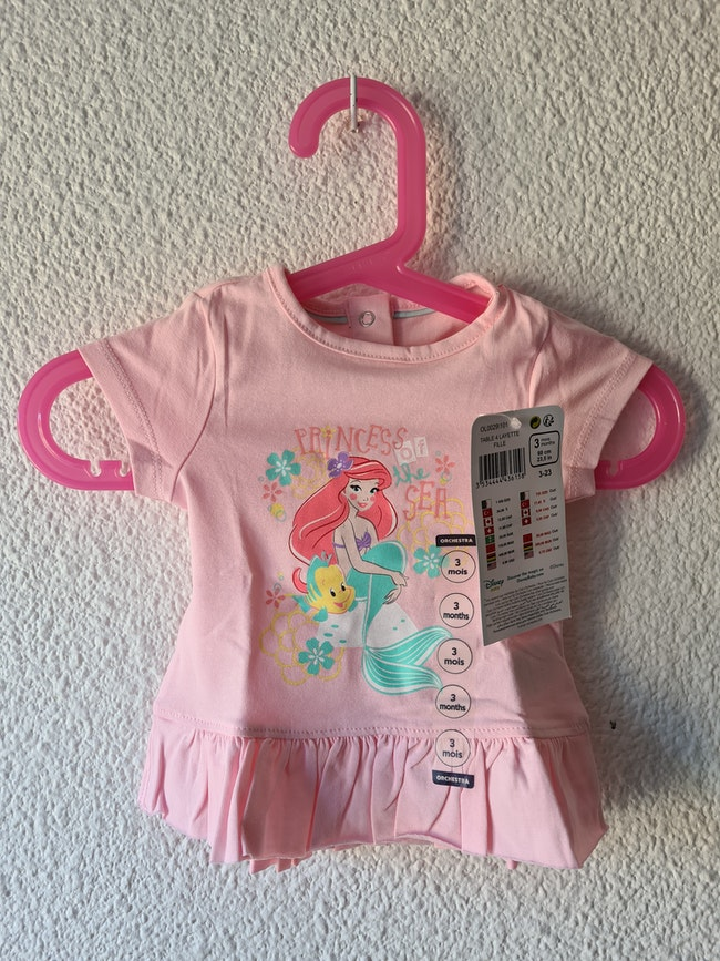 tee-shirt rose la petite sirene Disney