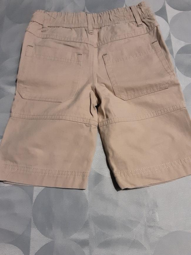Short beige 24 mois