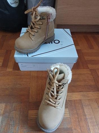 Bottines boots camel bébé fille taille 23 gemo