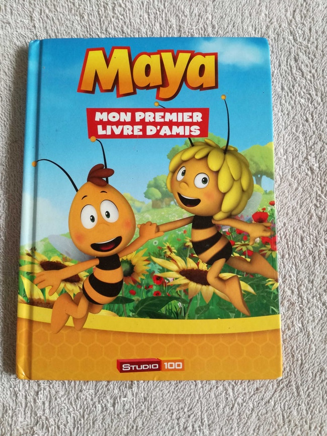 Livre d'amis Maya l'abeille
