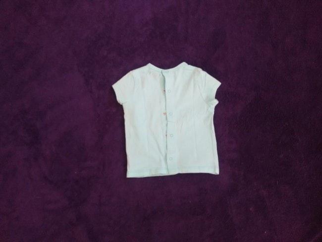 """1,5€ Tee shirt taille 6 mois """"petit bébé à croquer"""""""