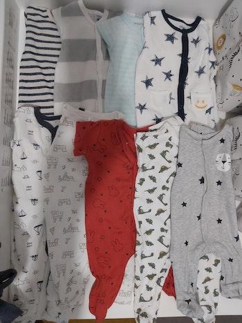 Lot de 9 pyjamas
